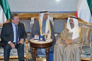 Bundeskanzler a.D. Gerhard Schröder und Scheich Sabah Al-Ahmad Al-Jaber Al-Sabah, Emir des Staates Kuwait, in Kuwait, 18.01.2017